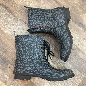 Chooka Leopard Lace Up Rain/Combat/Duck Boots